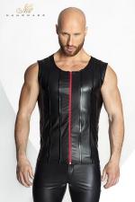 Veste STRONGER Red Line : Veste sans manches en wetlook mat, décorée de bandes verticales de vinyle brillant et d'un zip rouge vif.